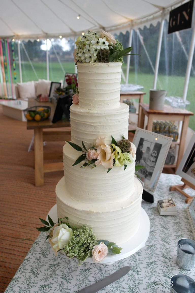 Textured Buttercream, Mixed Fresh Flowers